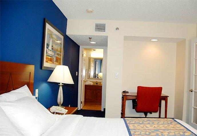 Residence Inn Miami Airport West/Doral Area Odanın görünümü