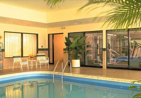 Courtyard Concord - Indoor Pool