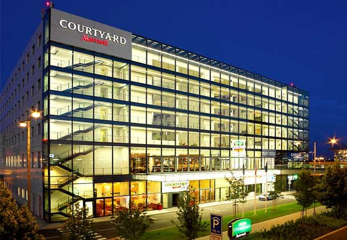 Courtyard by Marriott Prague Airport Ulkonäkymä