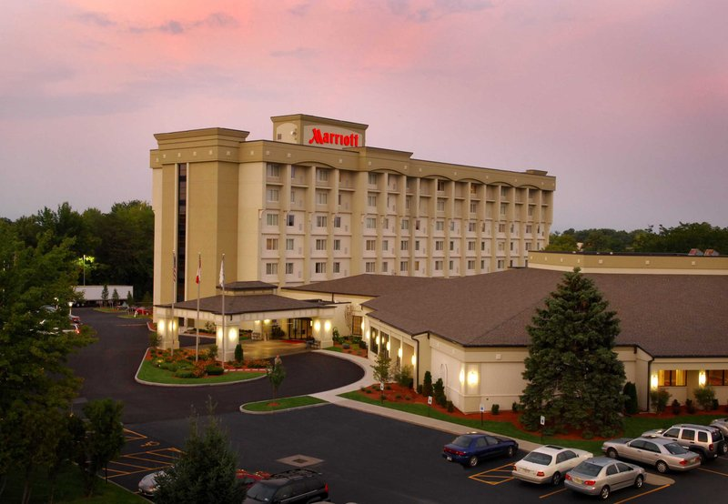 Marriott-Rochester Airport