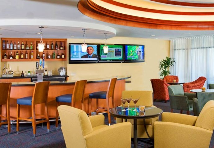 Courtyard San Diego Airport/Liberty Station Baari/lounge