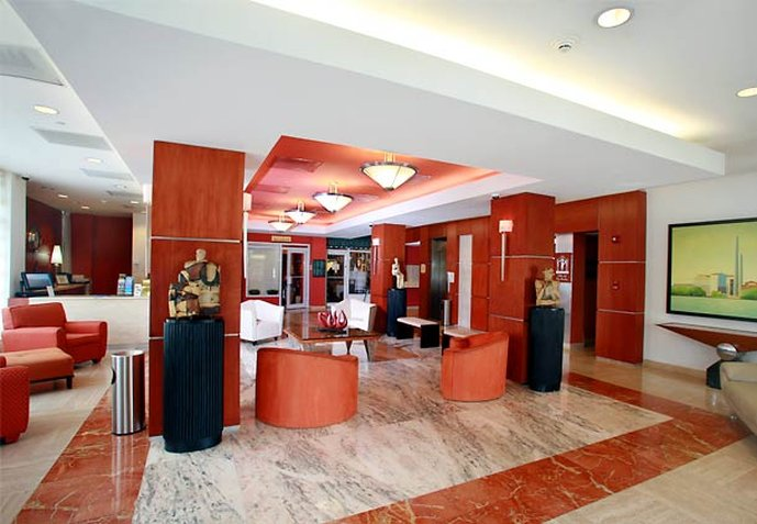 Courtyard by Marriott San Juan Miramar Lobby