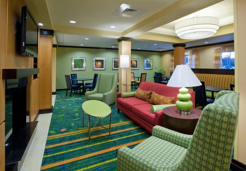 Fairfield Inn & Suites Albany - Fireplace Seating