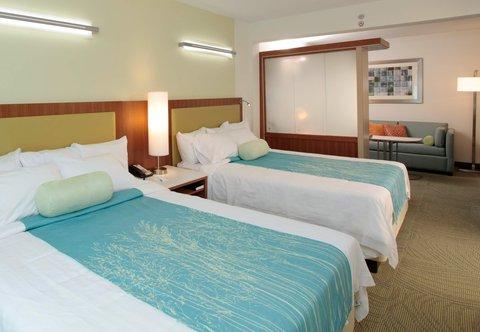 SpringHill Suites Athens - Queen Queen Suite