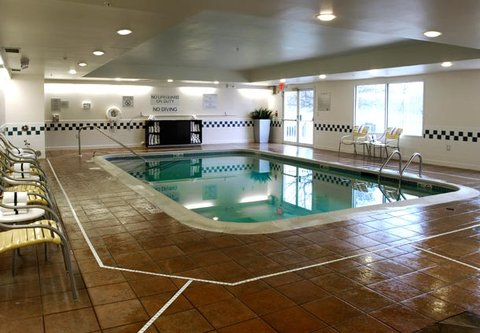 Fairfield Inn Kalamazoo West - Indoor Pool