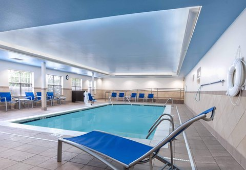 Towneplace Suites By Marriott Baton Rouge Hotel - Indoor Pool   Spa
