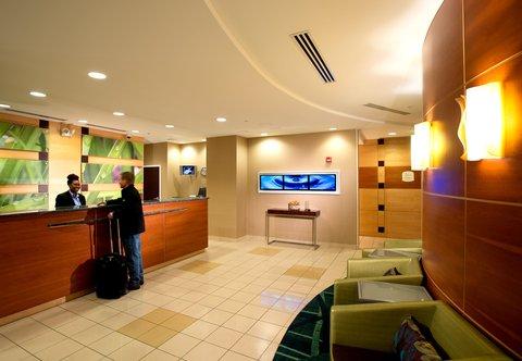 SpringHill Suites Annapolis - Front Desk