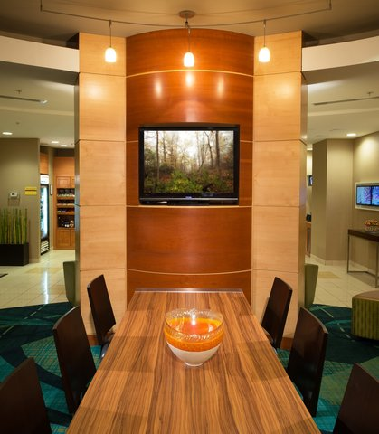 SpringHill Suites Annapolis - Lobby Lounge