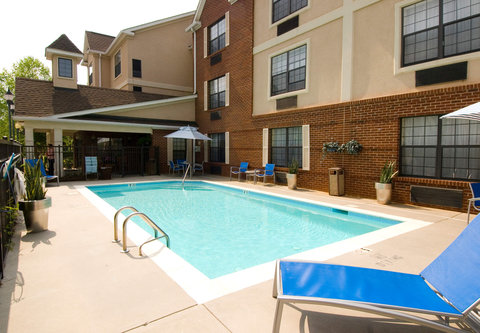 TownePlace Suites Charlotte University Research Park - Outdoor Pool