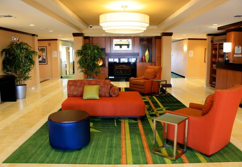 Fairfield Inn & Suites Colorado Springs North/Air Force Academy - Lobby