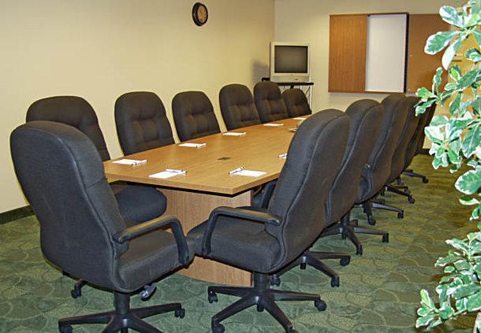 TownePlace Suites Colorado Springs South 会議室