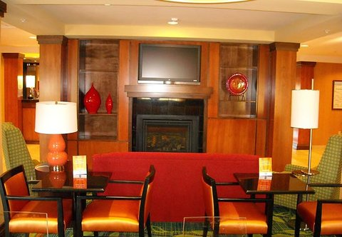 Fairfield Inn & Suites by Marriott Columbia - Breakfast Area