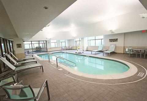 SpringHill Suites Cincinnati Midtown - Indoor Pool