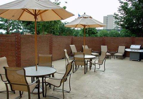 Fairfield Inn & Suites Dallas North by the Galleria - Sun Deck