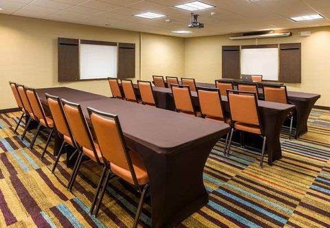 Fairfield Inn & Suites Dallas Park Central - Conference Room