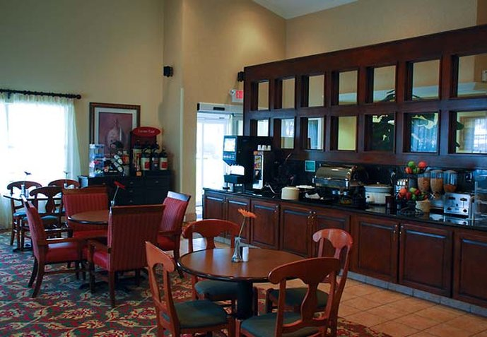TownePlace Suites by Marriott Las Colinas Gastronomi