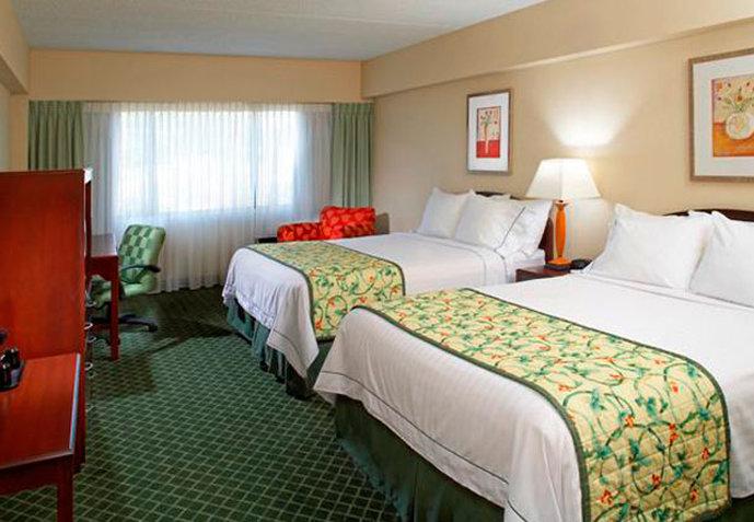 Fairfield Inn and Suites by Marriott Parsippany Billede af værelser