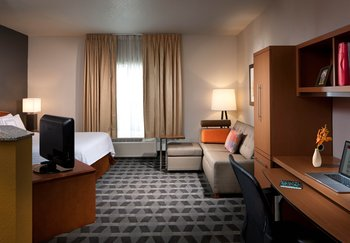 TownePlace Suites by Marriott - Room