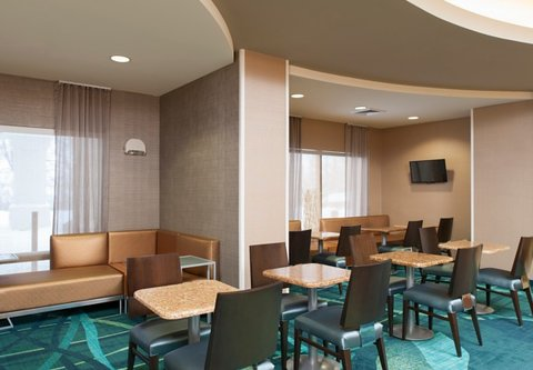 Springhill Suites Grand Rapids Airport Southeast Hotel - Lobby