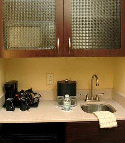 Springhill Suites Grand Rapids Airport Southeast Hotel - Suite Wet Bar