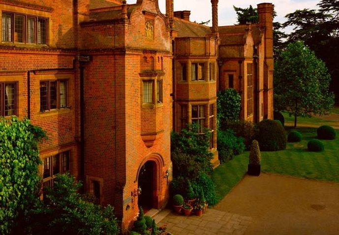 Hanbury Manor Marriott Hotel & Country Club Vista esterna