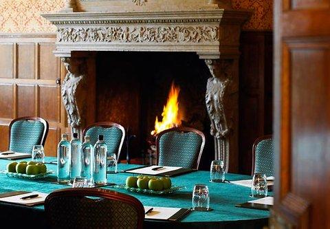Hanbury Manor Marriott Hotel & Country Club - Drawing Room