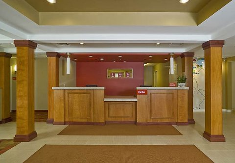 TownePlace Suites by Marriott Gilford - Front Desk