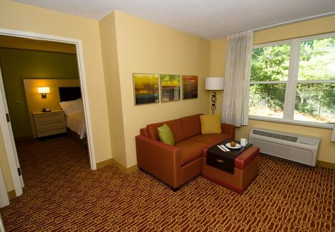 TownePlace Suites by Marriott Gilford - One-Bedroom Suite