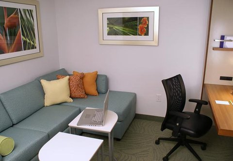 SpringHill Suites Miami Arts Health District Hotel - Living   Work Area