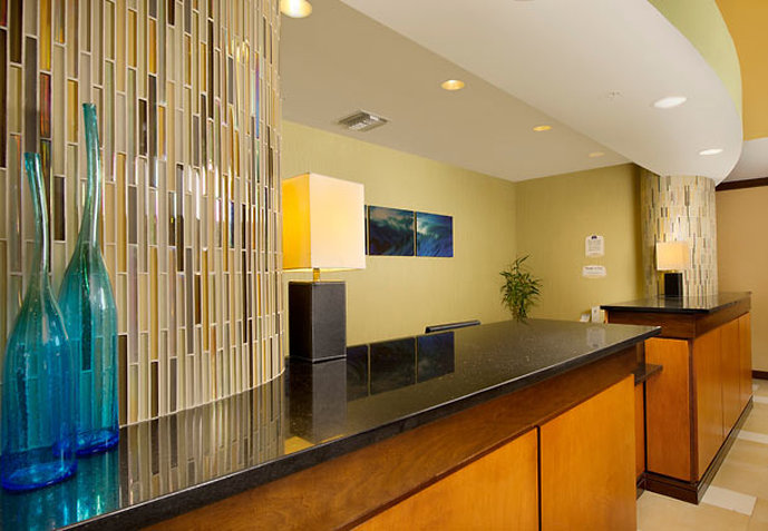 Fairfield Inn & Suites Miami Airport South Lobby