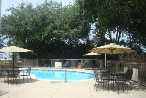 Select Inn - Lewisville, TX