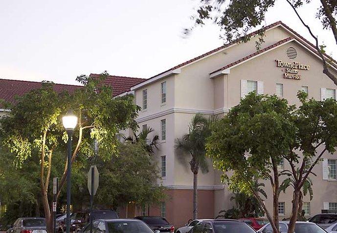 TownePlace Suites Boca Raton Außenansicht