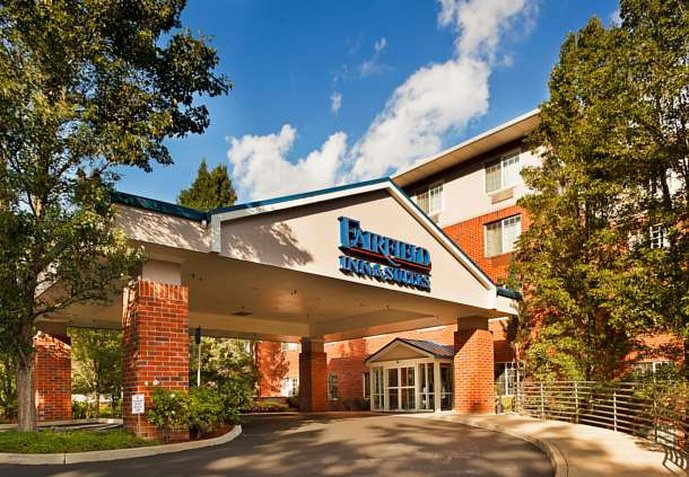 Fairfield Inn and Suites by Marriott Lake Oswego Vista exterior