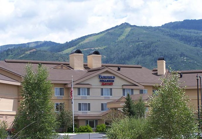 Fairfield Inn & Suites Steamboat Springs Exterior view