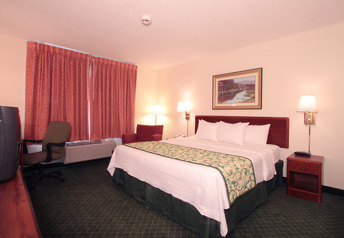Hotel Fairfield Inn Louisville North Pokoj