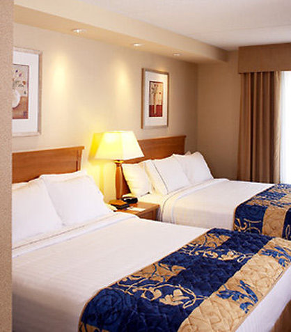 Fairfield Inn & Suites Toronto Brampton 客房视图