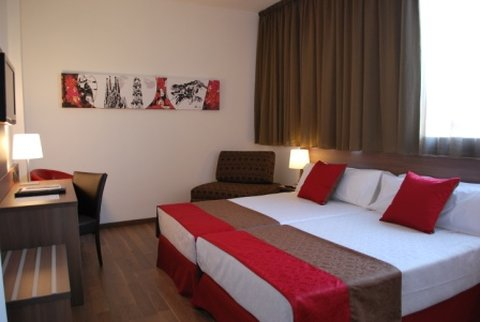 Hotel 4 Barcelona - Triple Room
