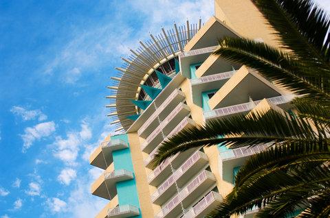 Hyatt Regency Pier Sixty-Six - Exterior view