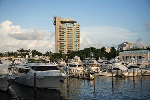 Hyatt Regency Pier Sixty-Six - Resort overview  marina  S  Wiseman  9 07