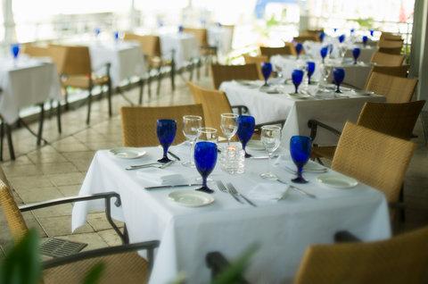 Hyatt Regency Pier Sixty-Six - SIG Grille 66 S Beaudet