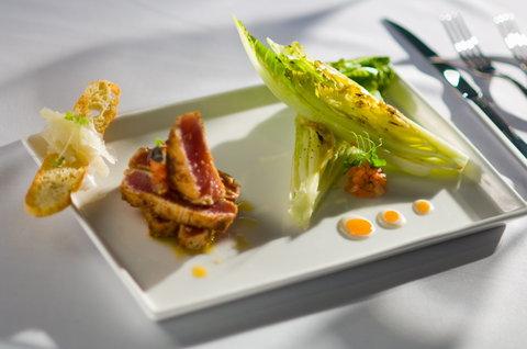 Hyatt Regency Pier Sixty-Six - Food display  S Beaudet