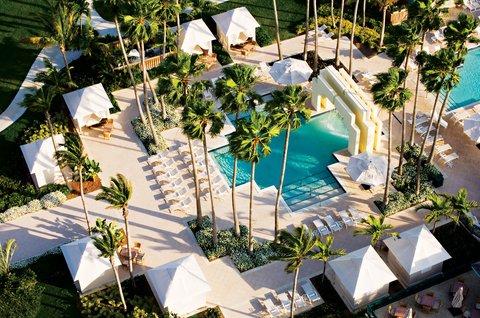 Hyatt Regency Pier Sixty-Six - SIG Aerial pool