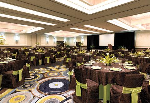 Hyatt Regency Pier Sixty-Six - Crystal Ballroom Set  Shelby 02 08