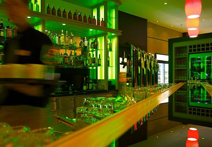 Courtyard by Marriott Wien Messe 酒吧/休息厅