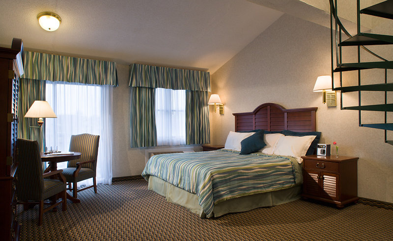 Hyannis Harbor Hotel - Hyannis, MA