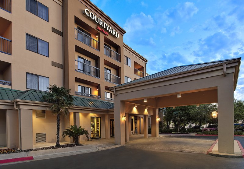 COURTYARD NORTHWEST MARRIOTT