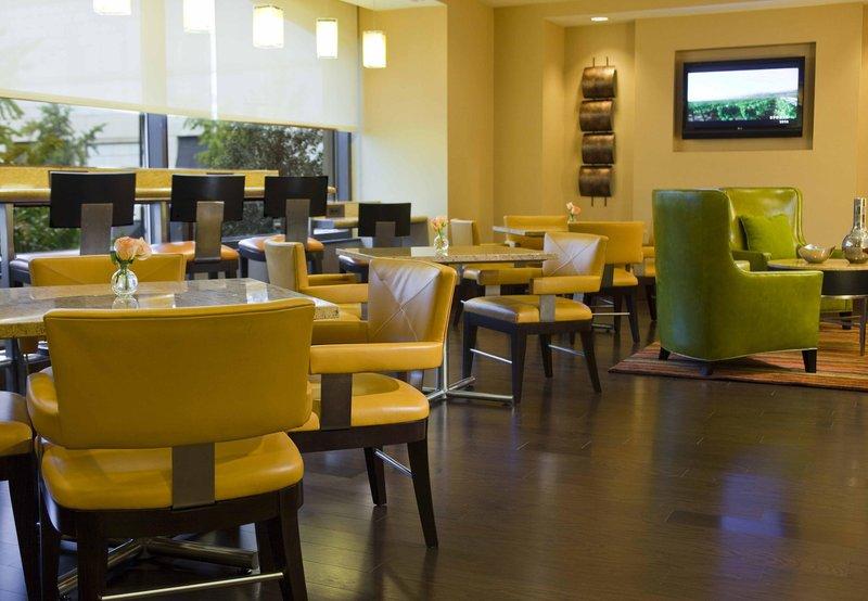 Marriott at Metro Center Bar/lounge