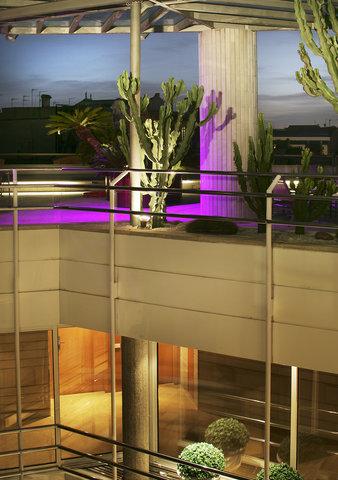 فندق كلاريس جي إل - CLARISTerracedetail