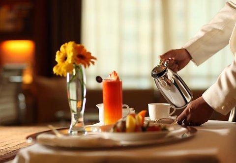 Renaissance Kuala Lumpur Hotel - Room Service