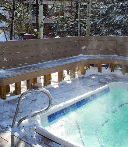 Marriott''S Streamside At Vail-Douglas Hotel - Outdoor Pool   Spa